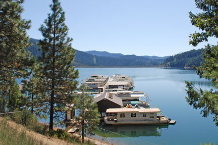 Photo of Trinity Alps Marina at Trinity Lake, CA